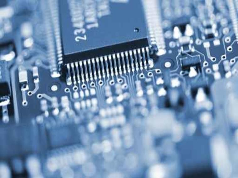 2000 : Création de l'activité Réparation Électronique